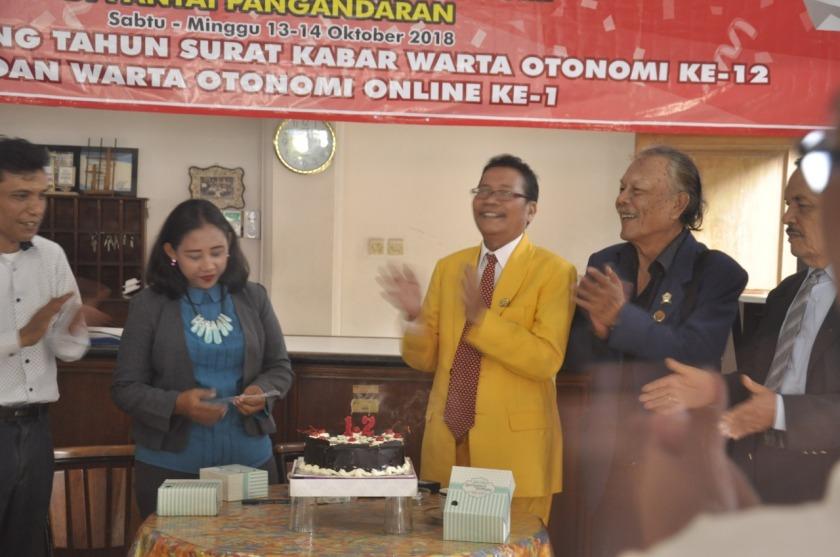 hut wo,online (10)